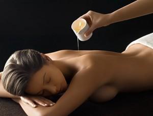 Le Massage à la Bougie remporte un franc succès car c'est un soin chaud, parfait pour la saison, et très hydratant