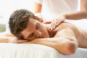 Le Massage Californien est un des plus répandu grâce à ses vertus relaxantes